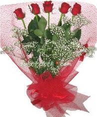 5 adet kirmizi gülden buket tanzimi  Denizli 14 şubat sevgililer günü çiçek