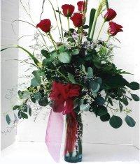 Denizli yurtiçi ve yurtdışı çiçek siparişi  7 adet gül özel bir tanzim
