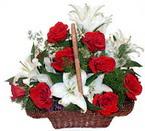 sepette gül ve kazablankalar   Denizli güvenli kaliteli hızlı çiçek