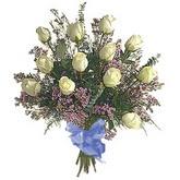 bir düzine beyaz gül buketi   Denizli uluslararası çiçek gönderme