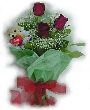 3 adet gül ve küçük ayicik buketi  Denizli çiçek gönderme