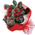 Denizli online çiçekçi , çiçek siparişi  KIRMIZI AMBALAJ BUKETINDE 12 ADET GÜL