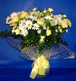 Denizli kaliteli taze ve ucuz çiçekler  sade mevsim demeti buketi sade ve özel