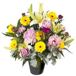 karisik mevsim çiçeklerinden vazo tanzimi  Denizli çiçek satışı