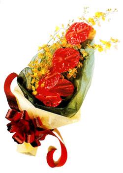 özel 5 adet antorium buketi   Denizli uluslararası çiçek gönderme