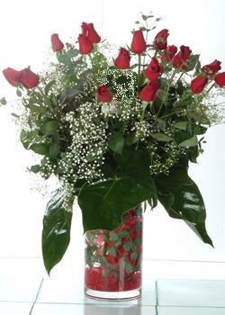 Denizli internetten çiçek siparişi  11 adet kirmizi gül ve cam yada mika vazo tanzim