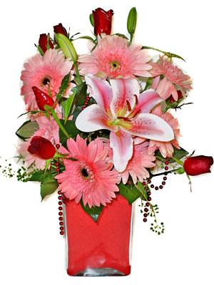 Denizli çiçek gönderme  karisik cam yada mika vazoda mevsim çiçekleri mevsim demeti