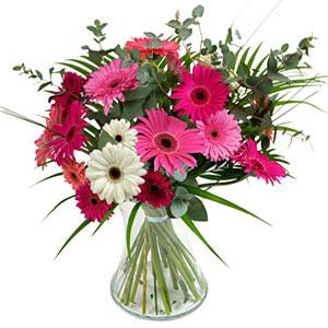 15 adet gerbera ve vazo çiçek tanzimi  Denizli çiçek yolla