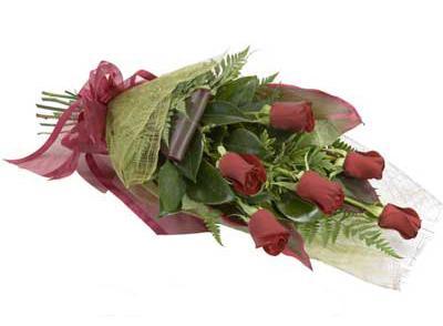 ucuz çiçek siparisi 6 adet kirmizi gül buket  Denizli yurtiçi ve yurtdışı çiçek siparişi