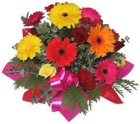 Karisik mevsim çiçeklerinden buket  Denizli hediye çiçek yolla