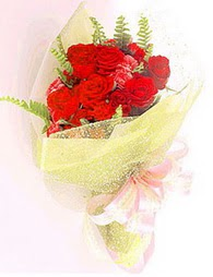 9 adet kirmizi gül buketi  Denizli çiçek gönderme