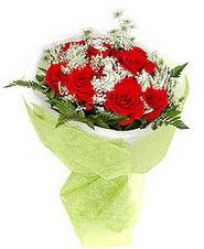 Denizli çiçek servisi , çiçekçi adresleri  7 adet kirmizi gül buketi tanzimi