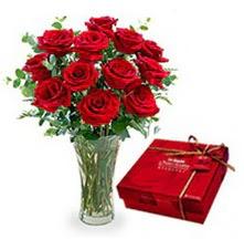 Denizli güvenli kaliteli hızlı çiçek  10 adet cam yada mika vazoda gül çikolata