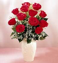 Denizli güvenli kaliteli hızlı çiçek  9 adet vazoda özel tanzim kirmizi gül