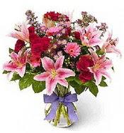 Vazo içerisinde karışık mevsim çiçeği  Denizli yurtiçi ve yurtdışı çiçek siparişi