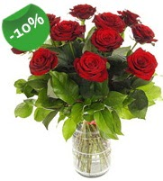 11 adet vazo içerisinde kırmızı gül  Denizli çiçek yolla