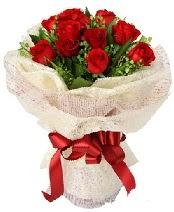 12 adet kırmızı gül buketi  Denizli ucuz çiçek gönder
