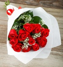 9 kırmızı gülden buket çiçeği  Denizli anneler günü çiçek yolla