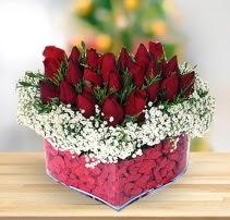 15 kırmızı gülden kalp mika çiçeği  Denizli çiçek online çiçek siparişi