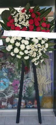 Cenaze çiçeği cenaze çiçek modelleri  Denizli yurtiçi ve yurtdışı çiçek siparişi