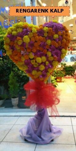 Ankara mevsim çiçeklerinden kalp perförje  Denizli hediye sevgilime hediye çiçek