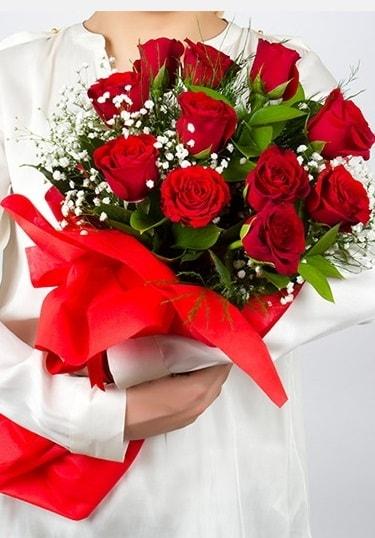 Aşk Gülleri 11 Adet kırmızı gül buketi  Denizli hediye sevgilime hediye çiçek